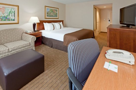 Holiday Inn Johnstown - Gloversville: King Bed Guest Room