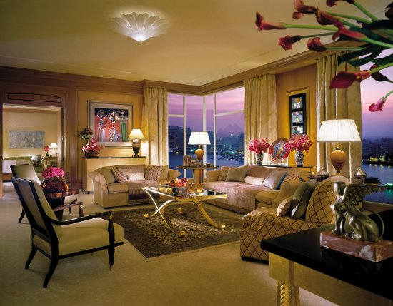 Four Seasons Hotel Cairo at Nile Plaza: CAI Royal Suite