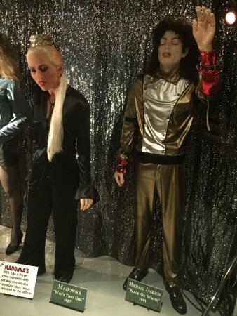 hee hee michael jackson picture of rock legends wax museum
