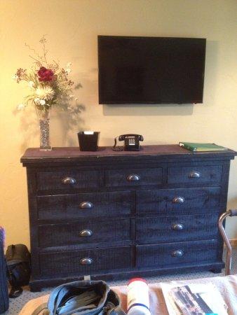 Cooke City, MT: Large Dresser