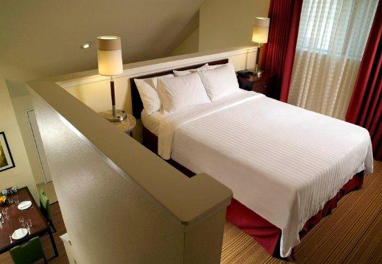 Chamblee, Geórgia: Two-Bedroom Suite - Loft Area