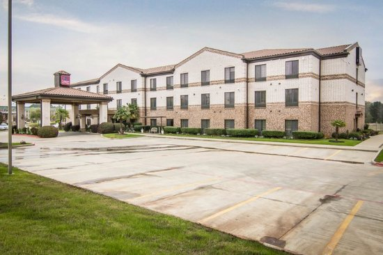 Comfort Suites Marshall: Exterior
