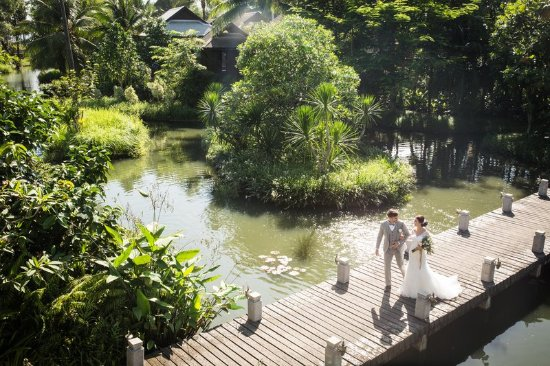 Anantara Mai Khao Phuket Villas: Couple Walking the Aisle
