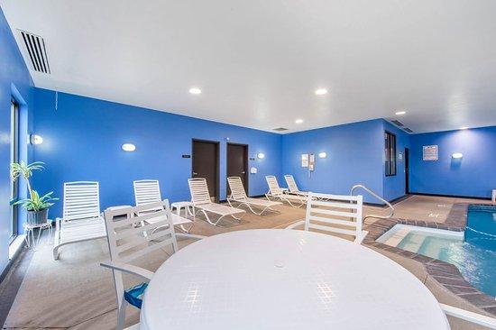 Altoona, PA: Pool