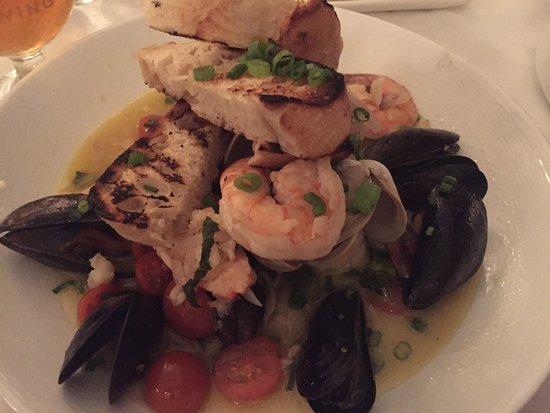 Ocean House Restaurant: photo0.jpg