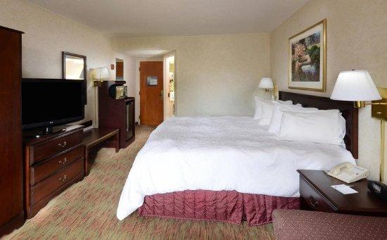 Cornelius, NC: King Bedroom