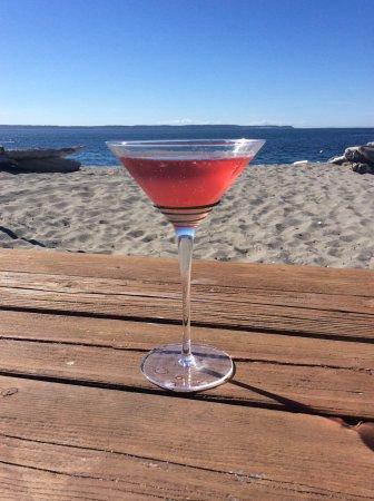 Whidbey Island Distillery: Summer Sips: Raspberry Liquor Martini