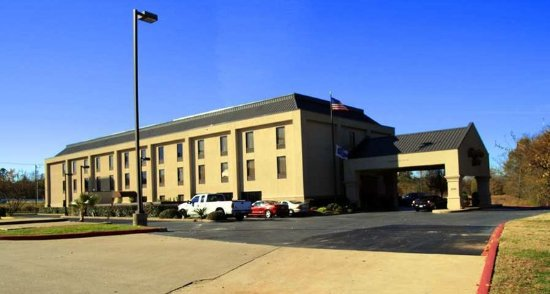 Lindale, TX: Exterior