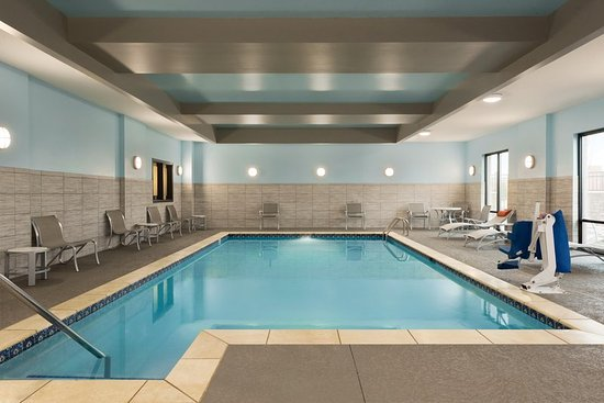 indoor pool picture of hampton inn spring hill spring. Black Bedroom Furniture Sets. Home Design Ideas
