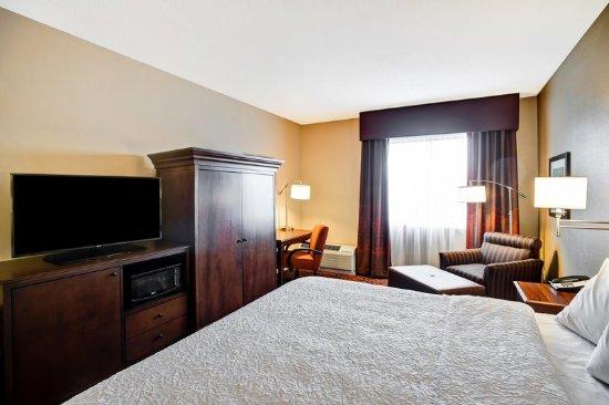 Hampton Inn Baltimore / Glen Burnie: Bed