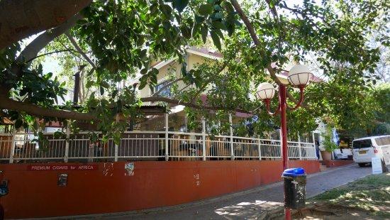 La Marmite Royale: Terrasse