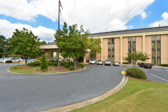 Hampton Inn Atlanta Marietta : Hotel Exterior
