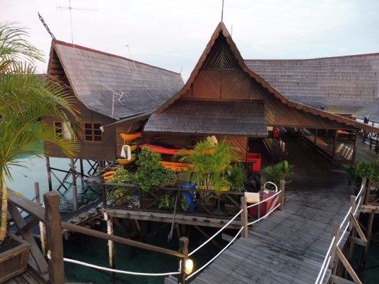 Kapalai dive resort dawn picture of sipadan kapalai dive resort pulau sipadan tripadvisor - Kapalai sipadan dive resort ...