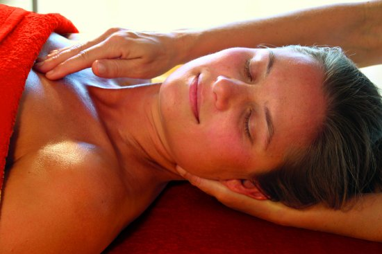 Los Llanos de Aridane, Spain: Massage for body mind & soul, Lomi Lomi, Ayurveda, Esalen