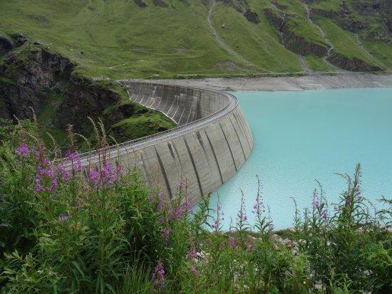 Grimentz, Svizzera: Un lac émeraude