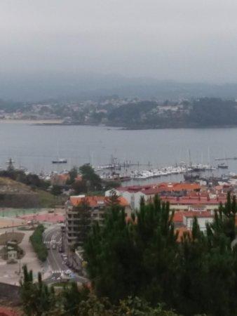 Vista desde el mirador de la Virgen de la Roca. Bayona.