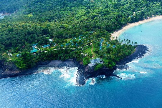 Sao Tome Island, Sao Tome và Principe: Club Santana overview - Sand beach and cliffs