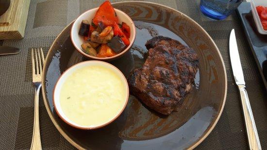 Waterfront Kitchen: Steak mit Kartoffelpüree