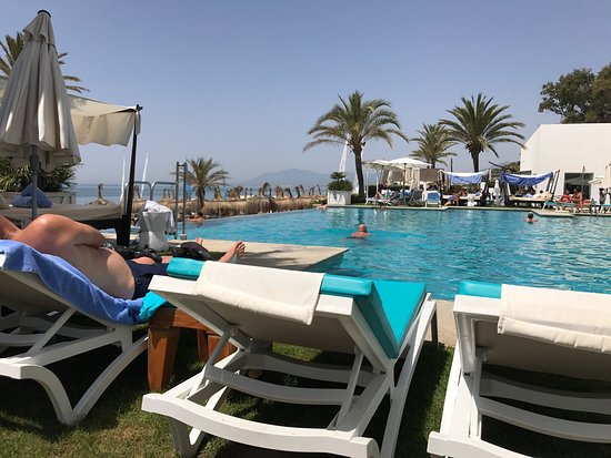Estrella del mar beach club marbella spain what to know before you go tripadvisor - Estrella del mar beach club ...