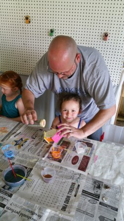 Campbell, NY: Arts & Crafts: Where families can make a memory that will last a lifetime.