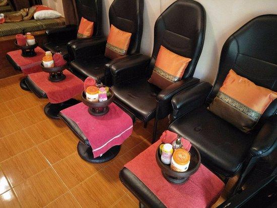Baimon Massage: Foot Massage Chairs
