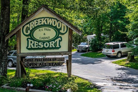 Best rv park near helen review of creekwood resort for Cabin rentals close to atlanta ga