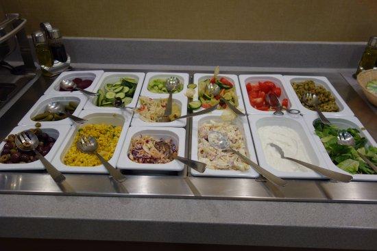 Lion's Garden Hotel: Breakfast buffet