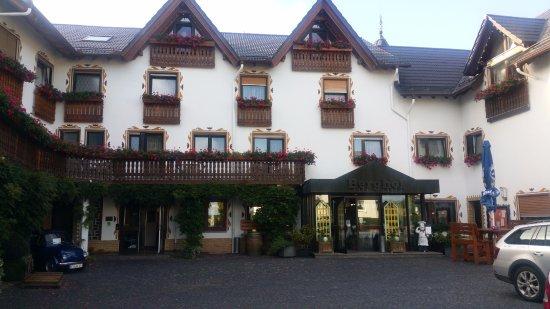 Hotel Restaurant Berghof: Zeer uitnodigend hotel, landelijk gelegen