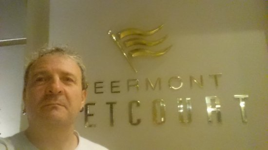 Peermont Metcourt Hotel at Emperors Palace Picture