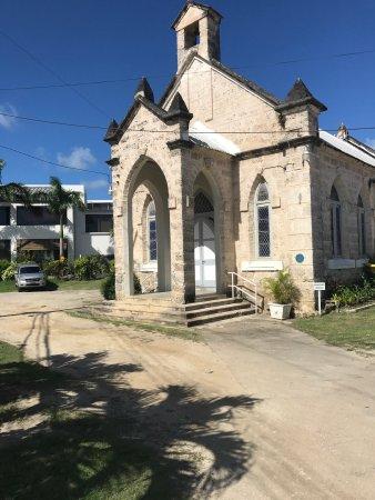 St. James Parish Church: photo0.jpg
