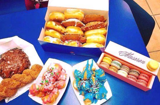 Donuts Kolaches And Tacos Best French Macarons Hot Breakfast Fruit In