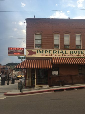 Imperial Hotel and Restaurant: photo0.jpg