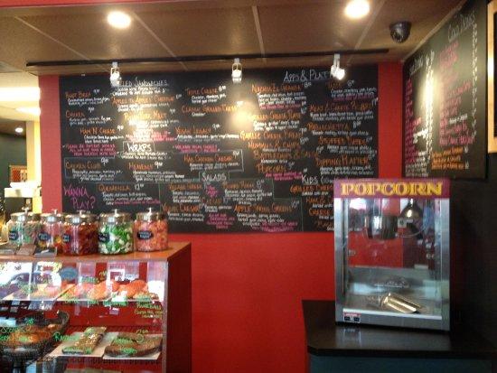Grand Forks, Canada: Imaginative Menu and treats (Candy bowls??)