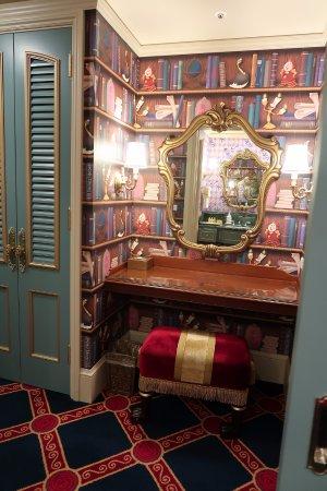 Beauty and the Beast Room! - Picture of Tokyo Disneyland Hotel ...