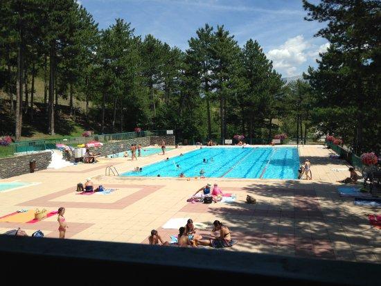 Restaurant de la piscine barcelonnette for Restaurant piscine