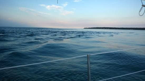 West Tisbury, MA: incredible to see the rip line in the water