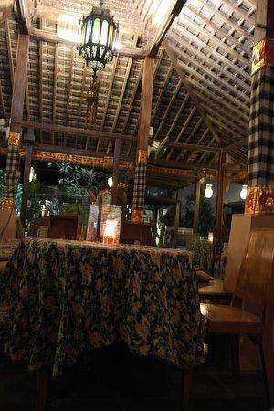 Blue Bali: Blick vom Tisch