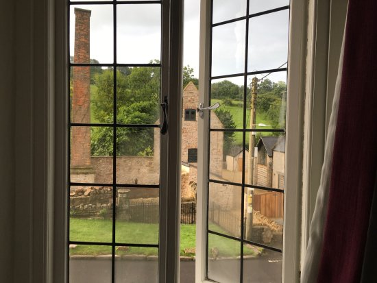 Croscombe, UK: View from Yeo room