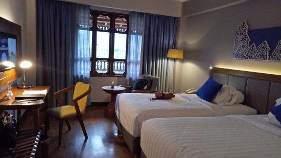 Novotel Bukittinggi: kamar twinnya luas, fasilitas lengkap, nyaman