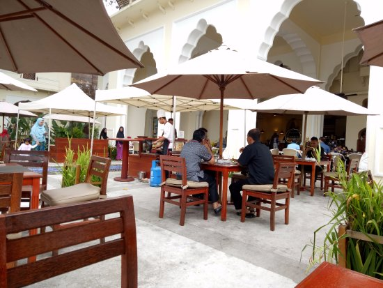 Novotel Bukittinggi: restoran untuk sarapan