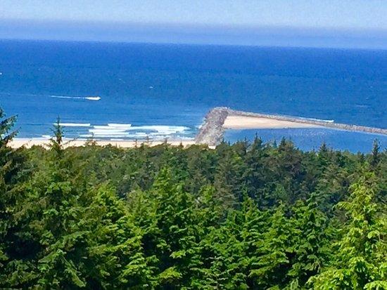 Winchester Bay, Орегон:  Umpqua River Lighthouse 12