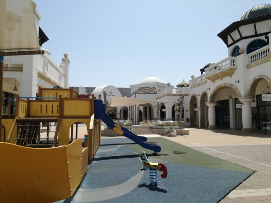 IMG_20170805_115033_large.jpg - Picture of Puglia Outlet Village ...
