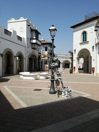 IMG_20170805_114719_large.jpg - Picture of Puglia Outlet Village ...