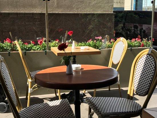Cafe Michel: photo2.jpg