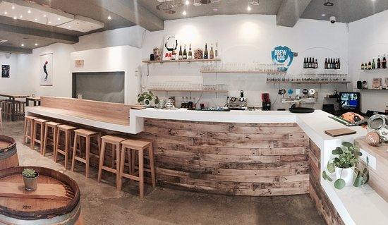notre cher bar en palettes ! - Picture of Jab\'s Bar, Avignon ...