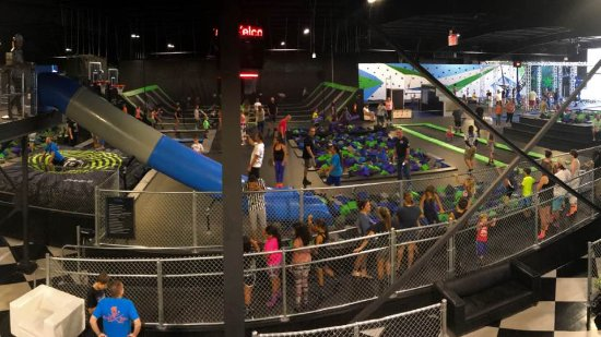 Port Saint Lucie, FL: Flying Panda Extreme Air Sports