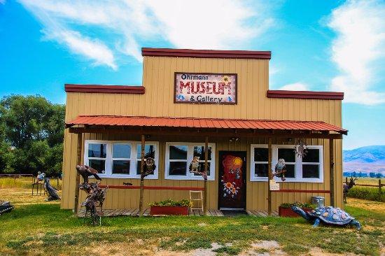 Drummond, Montana: Ohrmann Museum & Gallery