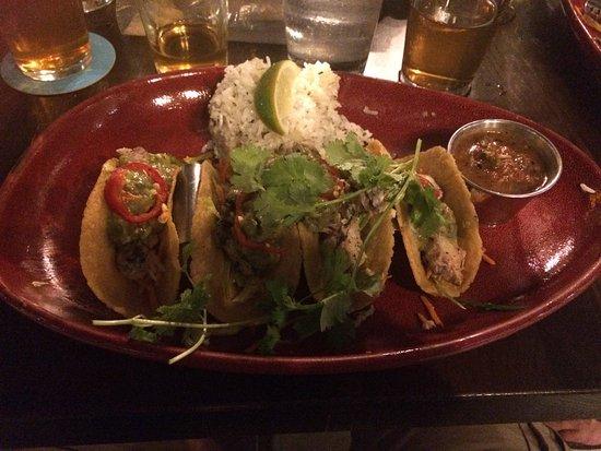 Maui Brewing Company: fish tacos