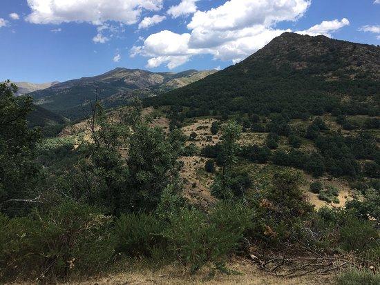Montejo de la Sierra, İspanya: Ruta de la ladera