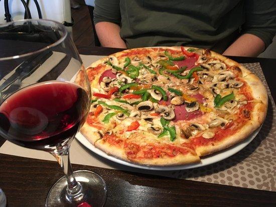 f17855d53e insalata mista - Picture of Pizzeria Marco Polo, Rotterdam - TripAdvisor